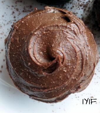 chocolate cupcakes3