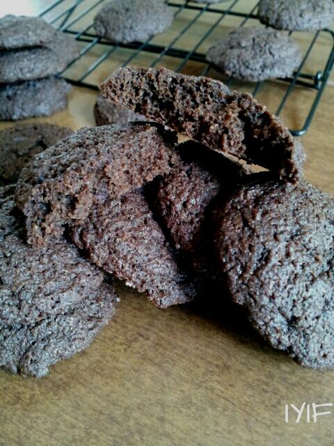 devils food cookies0