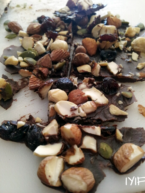 dark-chocolate-fruit-and-nuts3