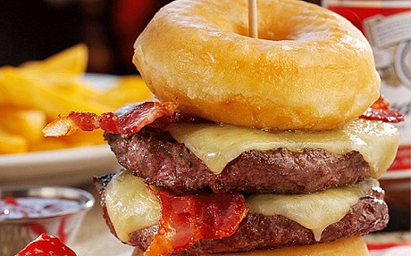 food-trends-2016-donut-burger-onedio