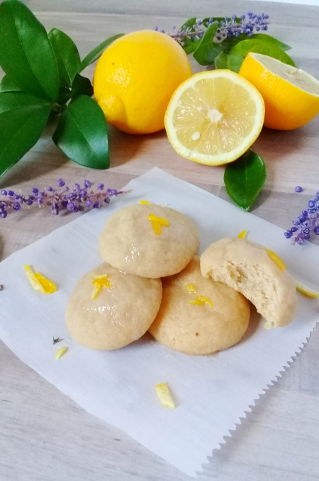 lightly lazed mildly flavored lemon drop cookies with sugar 2.0