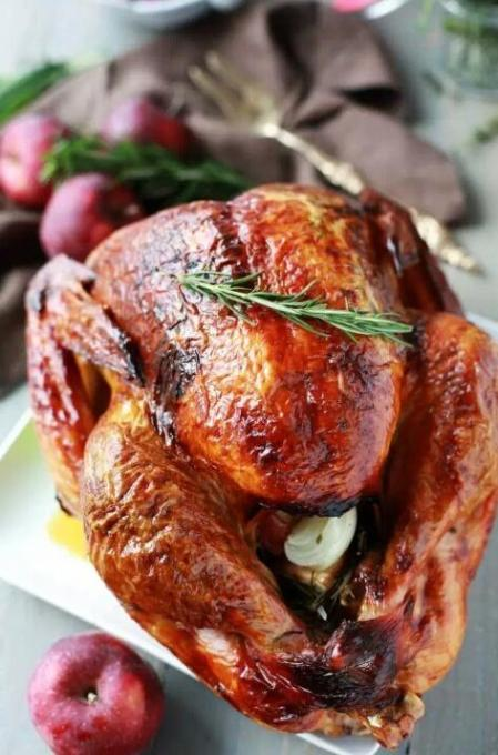 Tangled with Taste Apple and Herb Turkey