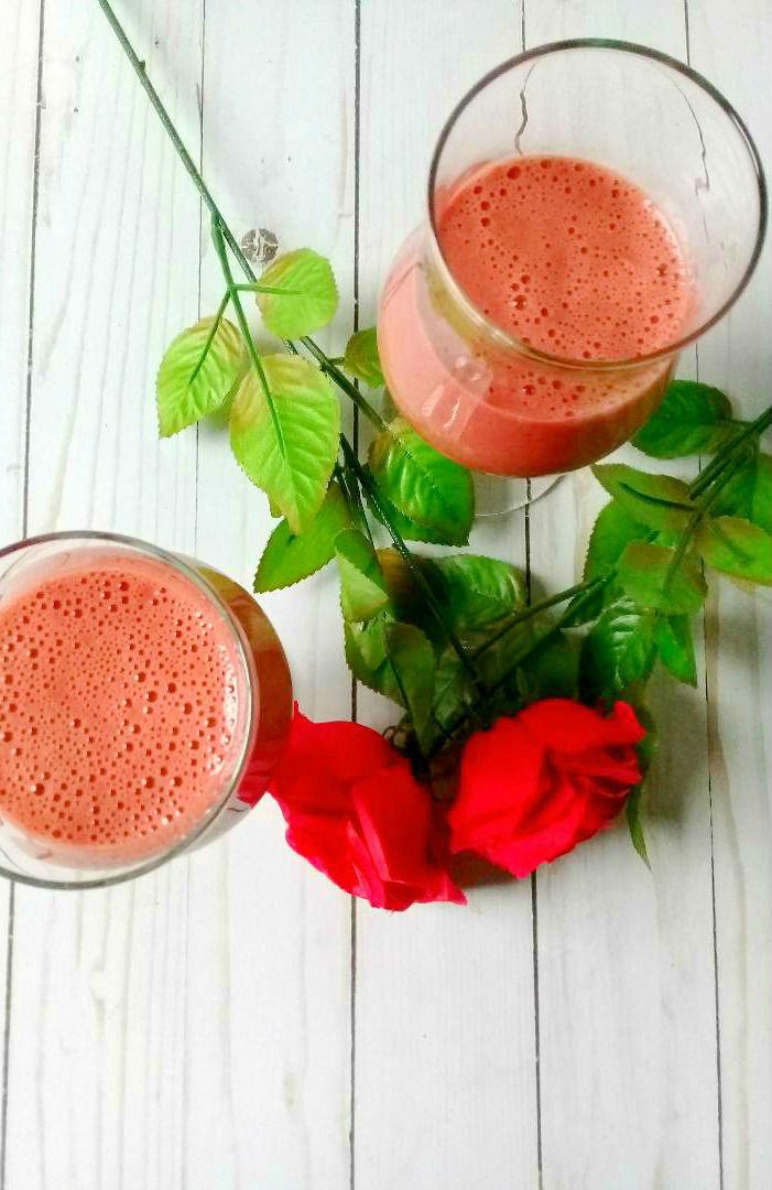 Protein shake with Oriya Organics Summit Energizer