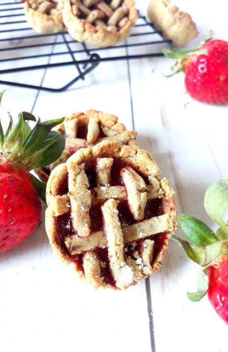 strawberry+pie+cookies+no+udder+protein2
