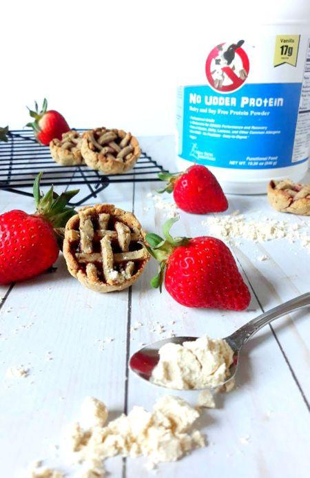 strawberry+pie+cookies+no+udder+protein4